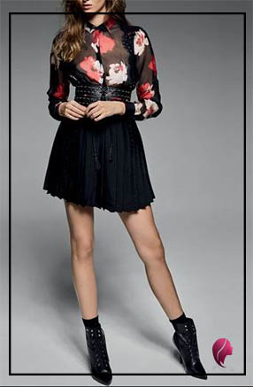 como combinar una falda negra con flores