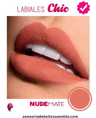Labial nude mate: Maquillaje para una fiesta de noche