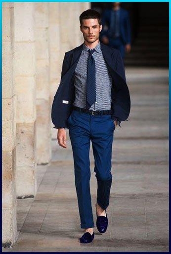 Cómo Combinar Zapatos Azules De Mujer Y Hombre