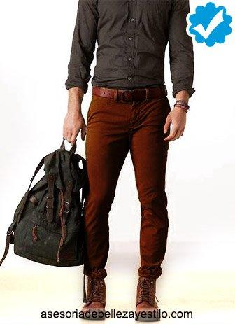 C mo combinar un pantalon cafe oscuro de mujer o hombre - Combinar color marron ...